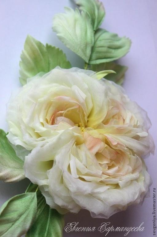 Броши ручной работы. Ярмарка Мастеров - ручная работа. Купить Пионовидная роза из натурального шелка. Handmade. Пионовидная роза, цветы
