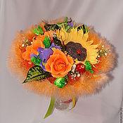 """Цветы и флористика ручной работы. Ярмарка Мастеров - ручная работа Букет из конфет """"Оранжевое настроение"""" (ручной букет). Handmade."""