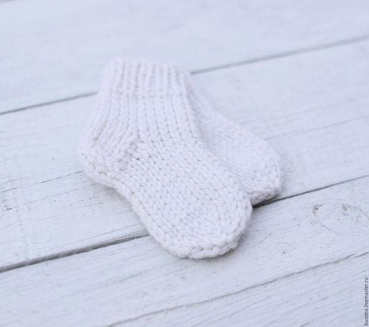 Для новорожденных, ручной работы. Ярмарка Мастеров - ручная работа. Купить Шерстяные носочки для новорожденного. Handmade. Белый, носки для новорожденного