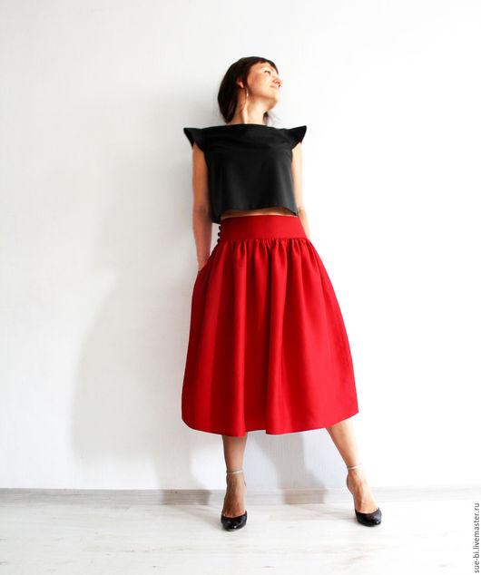красная юбка из шелка шелковая юбка юбка миди красная юбка шелк красный юбка миди лето юбка с заниженной талией шелковая юбка летняя итальянский шелк красный шелк юбка шелк красная юбка