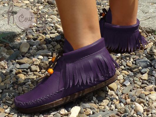 Обувь ручной работы. Ярмарка Мастеров - ручная работа. Купить Стильные кожаные ботиночки «Positive Purple». Handmade. Тёмно-фиолетовый