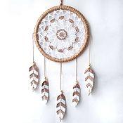 Для дома и интерьера handmade. Livemaster - original item White and beige lace dreamcatcher with crocheted feathers. Handmade.