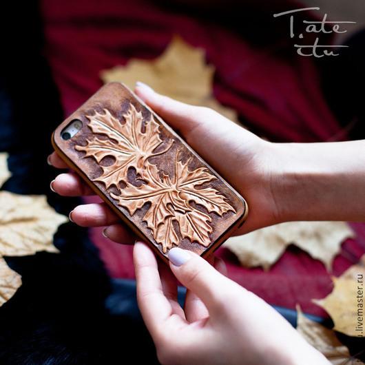 Для телефонов ручной работы. Ярмарка Мастеров - ручная работа. Купить Чехол для телефона  iPhone s5. Handmade. Кожа