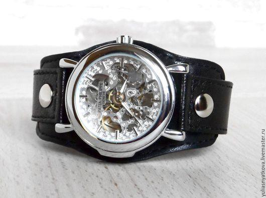 Часы ручной работы. Ярмарка Мастеров - ручная работа. Купить Часы Скелетоны на черном кожаном браслете.. Handmade. Наручные часы