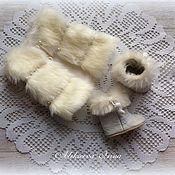 Одежда для кукол ручной работы. Ярмарка Мастеров - ручная работа Жилет и сапожки для куклы. Handmade.