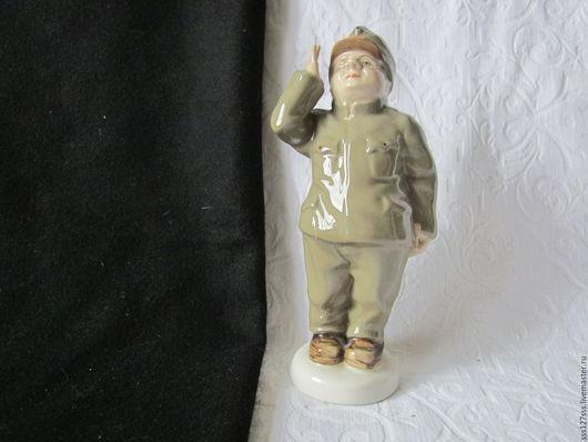 Винтажные предметы интерьера. Ярмарка Мастеров - ручная работа. Купить (64-5-В) Солдат, фарфоровая статуэтка ВИНТАЖ. Handmade.