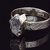 Украшения ручной работы. Ярмарка Мастеров - ручная работа Кольцо с необработанным алмазом. Handmade.