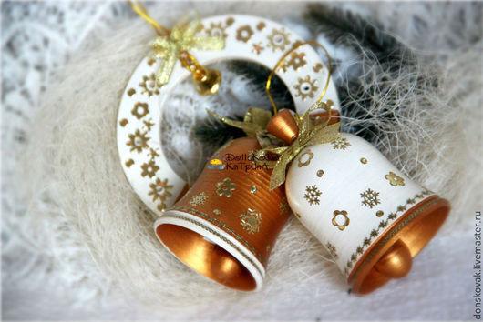 """Новый год 2017 ручной работы. Ярмарка Мастеров - ручная работа. Купить Набор игрушек из коллекции """"Ivory&Gold"""" (колокольчики и подкова). Handmade."""