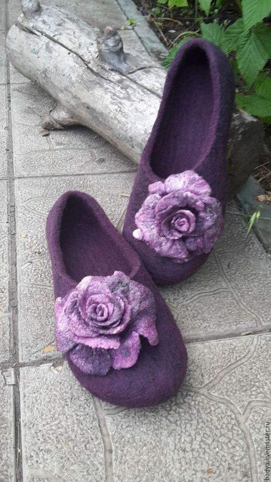 Обувь ручной работы. Ярмарка Мастеров - ручная работа. Купить Тапочки валяные с Розами. Handmade. Комбинированный, волокна шёлка