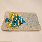 """Посуда ручной работы. Ярмарка Мастеров - ручная работа """"Рыба-бабочка"""" керамическая тарелочка ручной работы со стеклом. Handmade."""