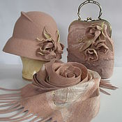 Шляпа валяная в комплекте с шарфом и сумочкой Нежность