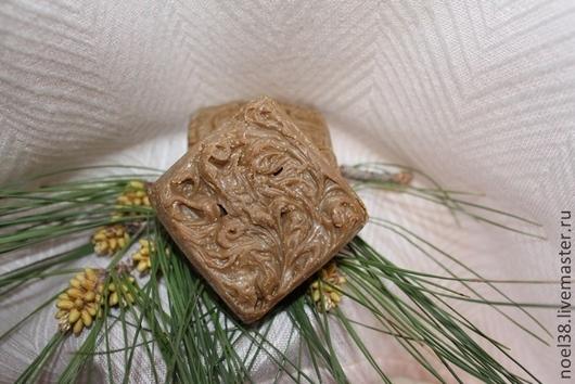 При сушке и хранении, цвет мыла может потемнеть, это на качество не влияет. Взвешивание при нарезке.