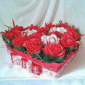 Подарки к праздникам ручной работы. Ярмарка Мастеров - ручная работа Сердце из конфет. Handmade.