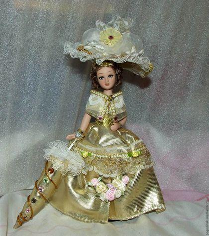 Коллекционные куклы ручной работы. Ярмарка Мастеров - ручная работа. Купить Lady Gold -  20см - в авторском костюме, ед.экз.. Handmade.