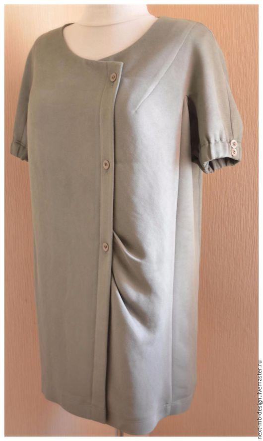 Летнее пальто ручной работы. Двубортное пальто в форме кокона, то есть, О-силуэта, свободное, средней длины с округлым вырезом. Модного цвета - `Пустынный Шалфей`.