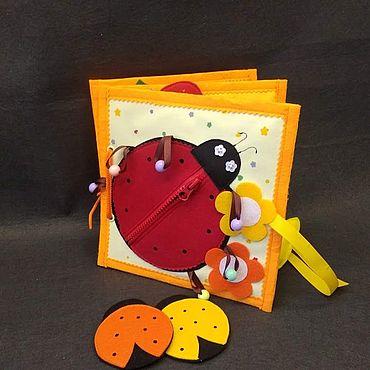 Куклы и игрушки ручной работы. Ярмарка Мастеров - ручная работа Книжка развивающая. Handmade.