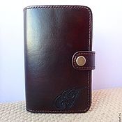 Сумки и аксессуары handmade. Livemaster - original item Men`s leather purse with engraving and monogram, leather wallet. Handmade.