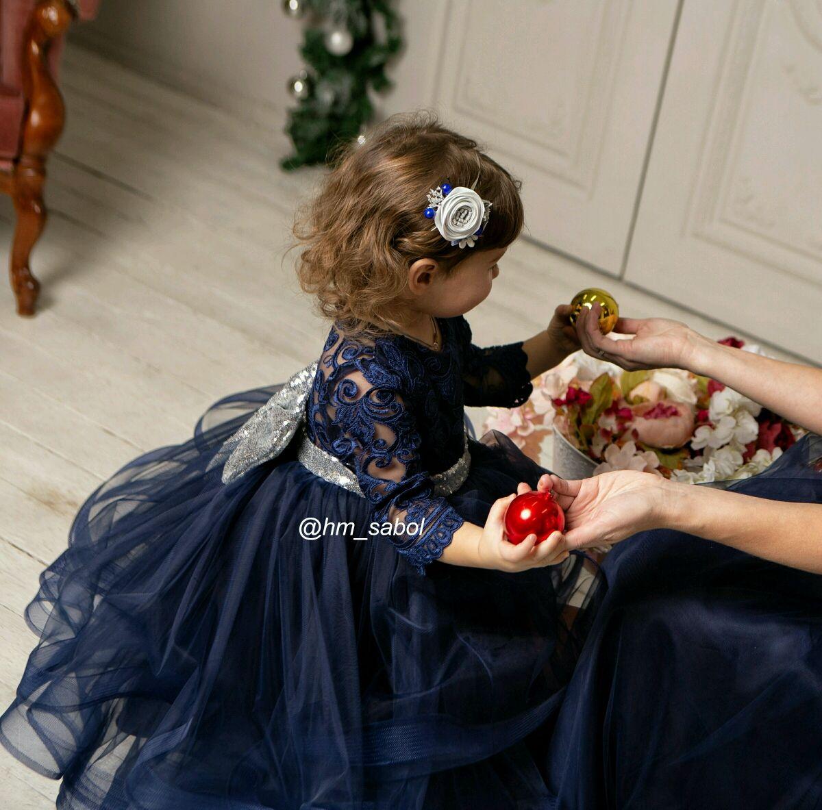 Красивое платье для девочки с кружевом