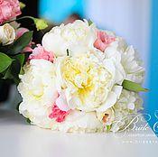 Свадебный салон ручной работы. Ярмарка Мастеров - ручная работа Свадебный букет невесты из пионов и эустомы. Handmade.