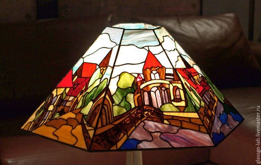 Торшер «Старый город», Тиффани, стекло, D – 63 см, 630 деталей. Абажур.