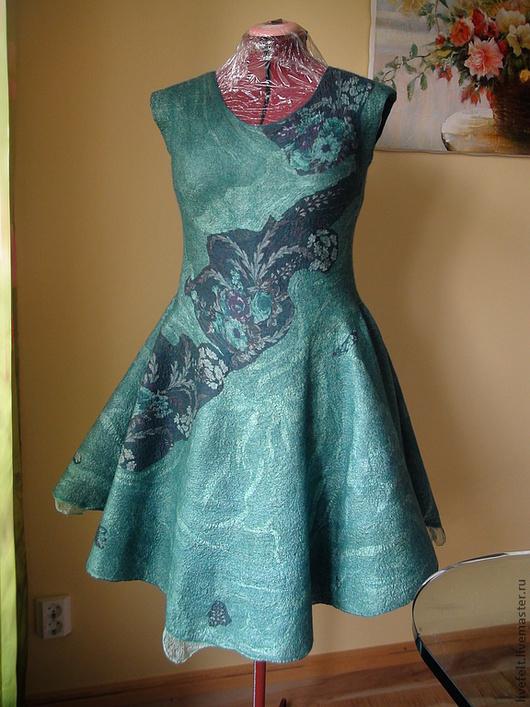 """Платья ручной работы. Ярмарка Мастеров - ручная работа. Купить Валяное платье """" Изумрудный """" 2 в 1. Handmade."""