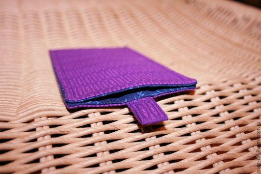 Для телефонов ручной работы. Ярмарка Мастеров - ручная работа. Купить Чехол для iPhone 5 / 5s / SE Фиолетовый. Handmade.