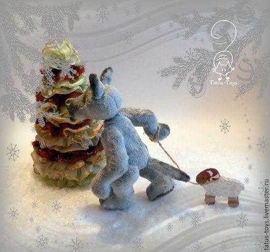Мишки Тедди ручной работы. Ярмарка Мастеров - ручная работа. Купить Жил был Волк... белый и пушистый :). Handmade.