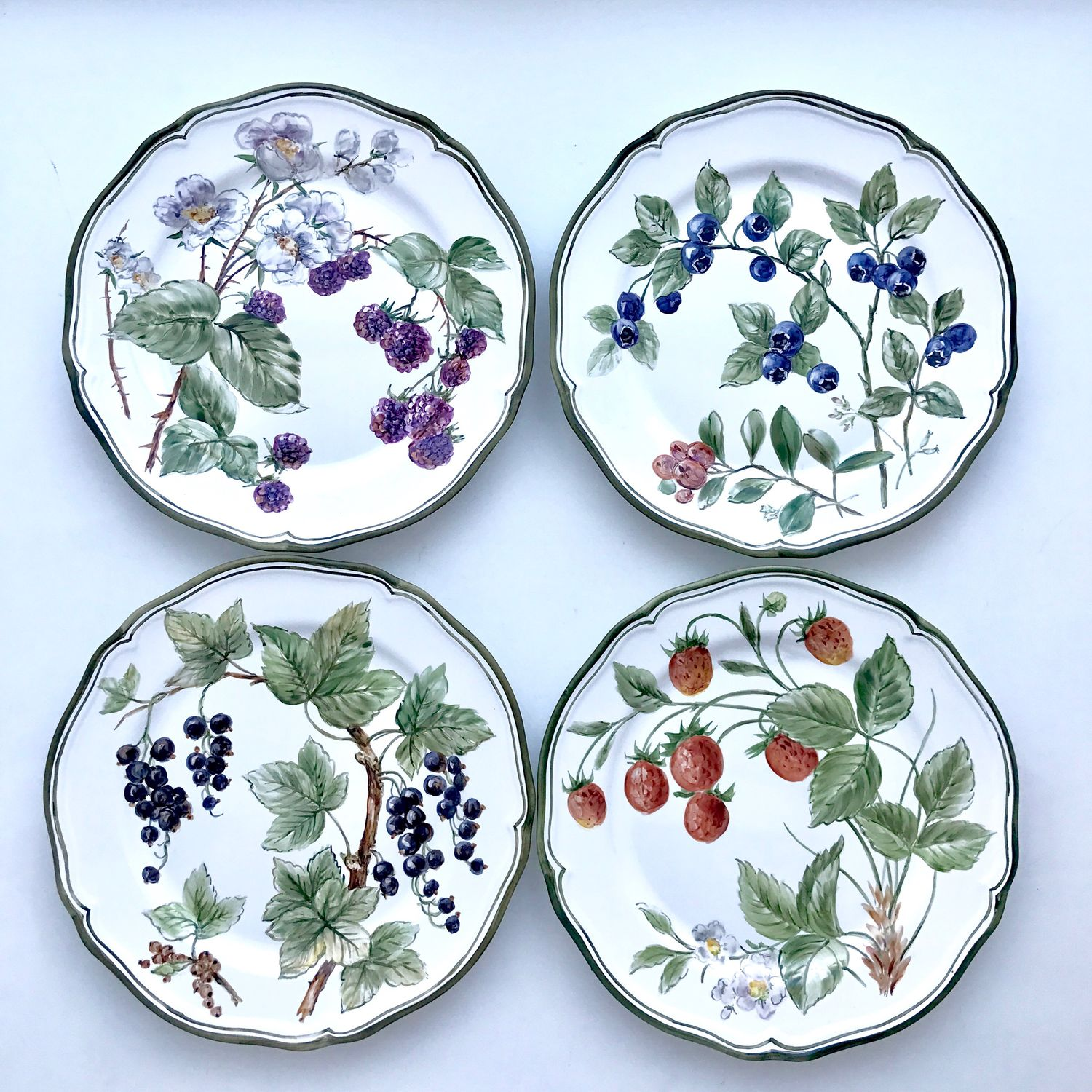 Painted porcelain Plates on the wall Berry, Plates, Kazan,  Фото №1