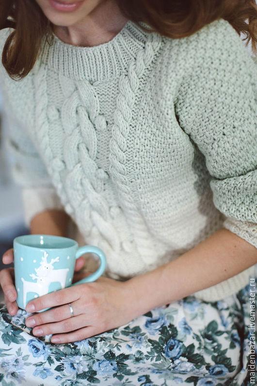Женский свитер с косами доставка