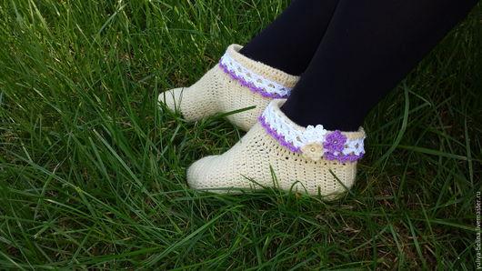 Обувь ручной работы. Ярмарка Мастеров - ручная работа. Купить тапочки. Handmade. Бежевый, тапочки домашние, бусины под жемчуг
