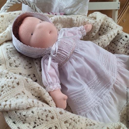 Вальдорфская игрушка ручной работы. Ярмарка Мастеров - ручная работа. Купить Кукла и платье, подарок к крещению. Handmade. Белый