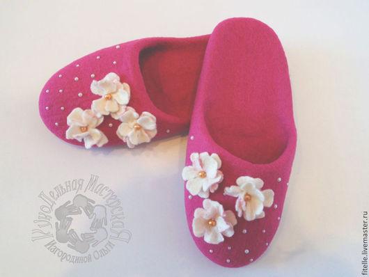 Обувь ручной работы. Ярмарка Мастеров - ручная работа. Купить Тапочки Розовые. Handmade. Розовый, тапочки домашние, тапочки женские