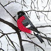 Украшения ручной работы. Ярмарка Мастеров - ручная работа Снегирь, брошь птица, птичка брошка (красный-серый). Handmade.