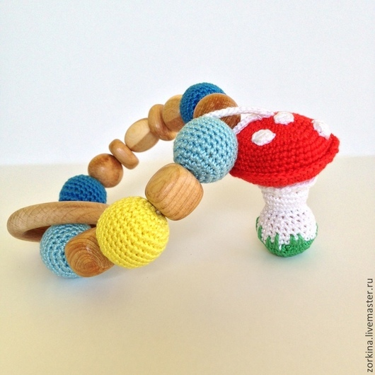 Развивающие игрушки ручной работы. Ярмарка Мастеров - ручная работа. Купить Игрушка для малыша грызунок-прорезыватель с игрушкой Мухомором. Handmade.