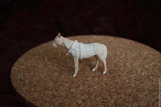 Миниатюрные модели ручной работы. Ярмарка Мастеров - ручная работа. Купить Мастер-модели в масштабе 1:43 Лошадь с упряжью. Handmade.