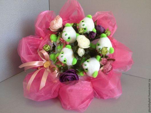 Подарки для влюбленных ручной работы. Ярмарка Мастеров - ручная работа. Купить Букет с пандами. Handmade. Бледно-розовый, оригинальный букет