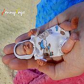 Куклы Reborn ручной работы. Ярмарка Мастеров - ручная работа Мини реборн из полимерной глины с одеждой и аксессуарами. Handmade.