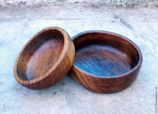 Тарелки ручной работы. Ярмарка Мастеров - ручная работа. Купить Две деревянные тарелки из дуба которые вкладываются одна в другую.. Handmade.