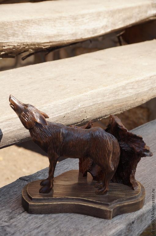 Элементы интерьера ручной работы. Ярмарка Мастеров - ручная работа. Купить Скульптура Волк. Handmade. Черный, подарок в дом, резьба