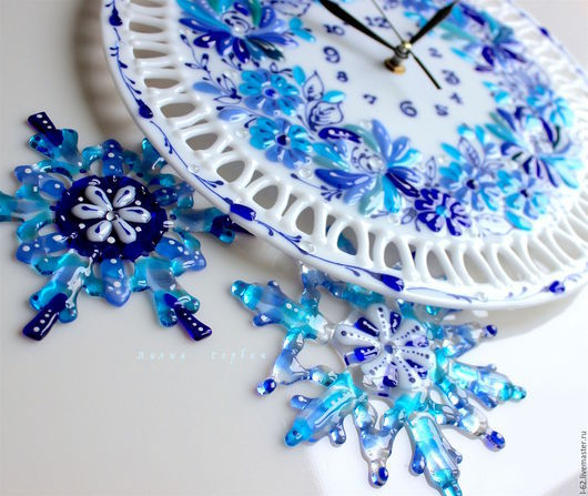 Clocks for Home handmade. Livemaster - handmade. Buy watch glass, fusing Gzhel motifs.Gift, wall clock