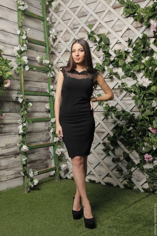 черное платье из джерси с вышивкой, бусинками и сеточкой