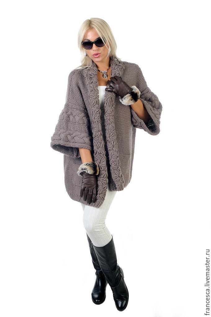 c637dbae2b39 Заказать Вязаный длинный жакет пальто кардиган темно-бежевый с декором.