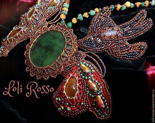 Livemaster.ru Handmade necklace `Jade Summer` by Loli Rosso. Ручная работа. Авторское колье `Нефритовое Лето`, вышивка бисером по коже.