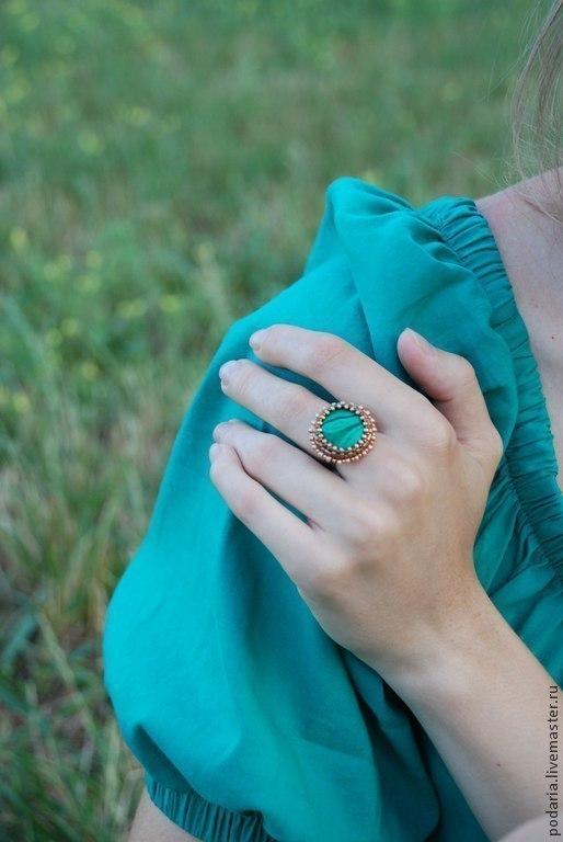 """Кольца ручной работы. Ярмарка Мастеров - ручная работа. Купить Кольцо """"Малахит"""". Handmade. Тёмно-зелёный, бронза, бисер Делика"""
