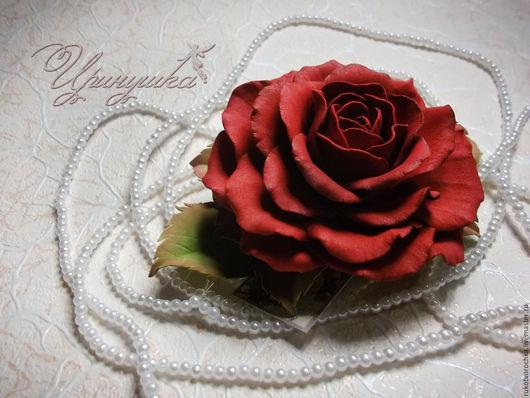 """Заколки ручной работы. Ярмарка Мастеров - ручная работа. Купить Красная роза из фоамирана на заколке-автомат """"Классика"""". Handmade. Комбинированный"""