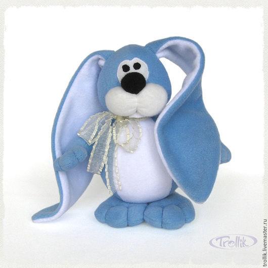 Мягкая игрушка из флиса на заказ Небесно-голубой заяц. Срок изготовления 7-10 дней. Размер 25 см.