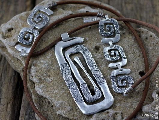 Кулоны, подвески ручной работы. Ярмарка Мастеров - ручная работа. Купить Ариадна. Подвеска из серебра на длином кожаном шнуре. Handmade.