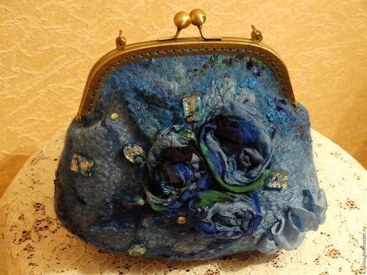 """Женские сумки ручной работы. Ярмарка Мастеров - ручная работа. Купить Сумка валяная """"Голубая галактика"""". Handmade. Синий"""