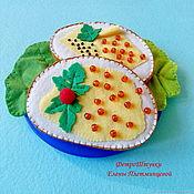 Мягкие игрушки ручной работы. Ярмарка Мастеров - ручная работа Бутерброд с икрой из фетра в ассортименте. Handmade.
