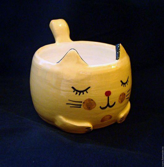 Декоративная посуда ручной работы. Ярмарка Мастеров - ручная работа. Купить Чашка Спящий кот. Handmade. Бежевый, солонка, глазурь
